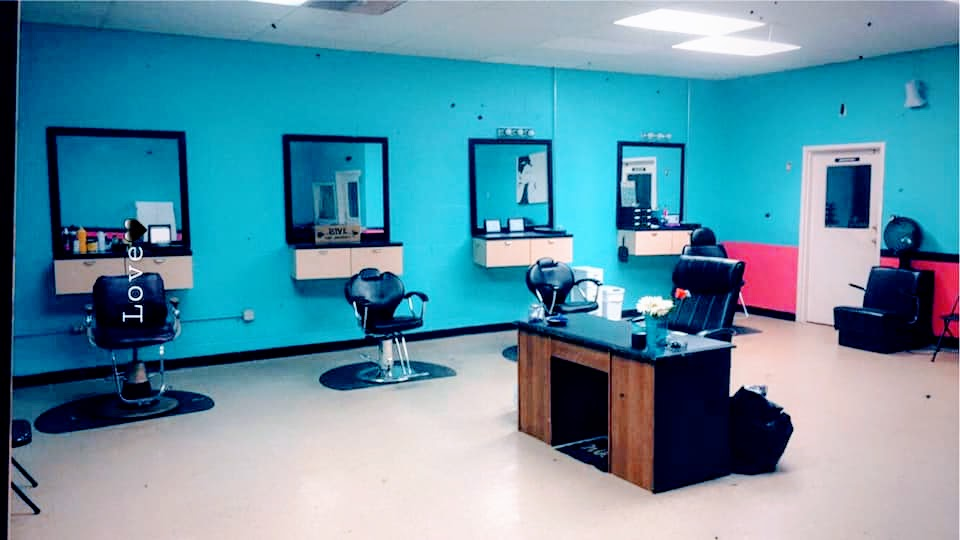 Salon or Barbershop for Lease